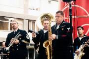 Американски военни свириха на учениците в Музикалното
