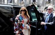 Мелания Тръмп облече манто за $51 000 в Сицилия