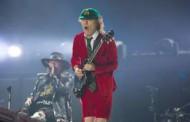 Аксел Роуз дебютира като вокалист на AC/DC на концерта в Лисабон /видео/