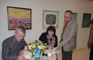 Българските поети, които биха  Дан Браун по продажби, завладяха Поморие