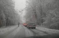 Сняг вали в Ришкия и Айтоския проход