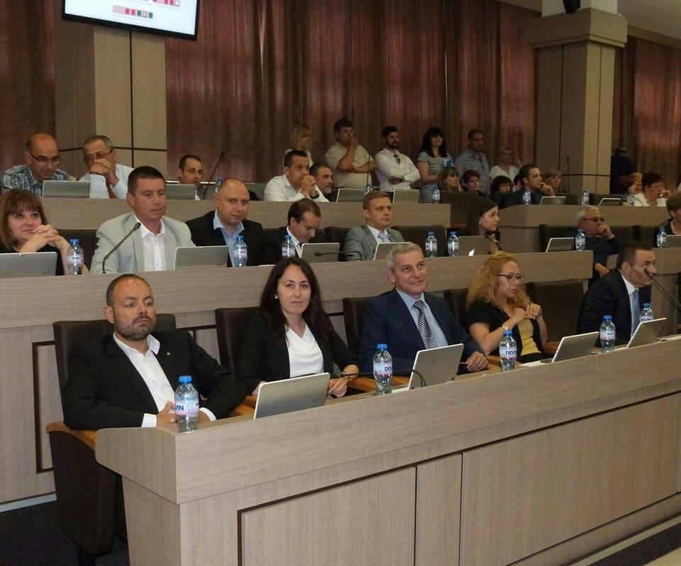 Предложение: 100 IT студенти без семестриални такси в бургаските университети