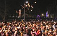 Вижте как Бургас посрещна Новата 2018 година (видео)