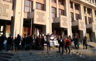 Надзирателите от Бургаския затвор: Ние не сме служители втора ръка! (СНИМКИ)
