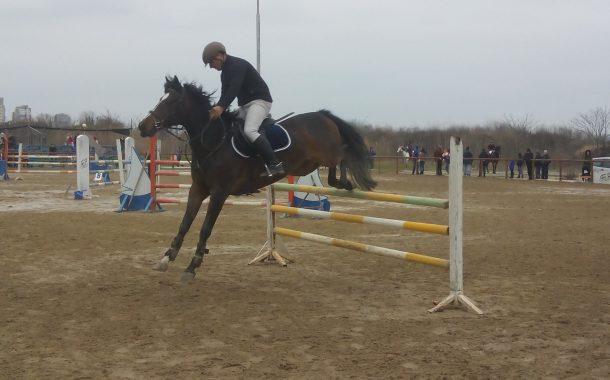 Конната база в Бургас с безплатна езда за Тодоровден