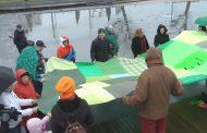 Зелено знаме в защита на Пирин  развяха в центъра на Бургас /видео/