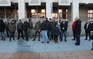 Протестиращите в защита на д-р Иван Димитров: Държавата толерира ромите  /снимки/