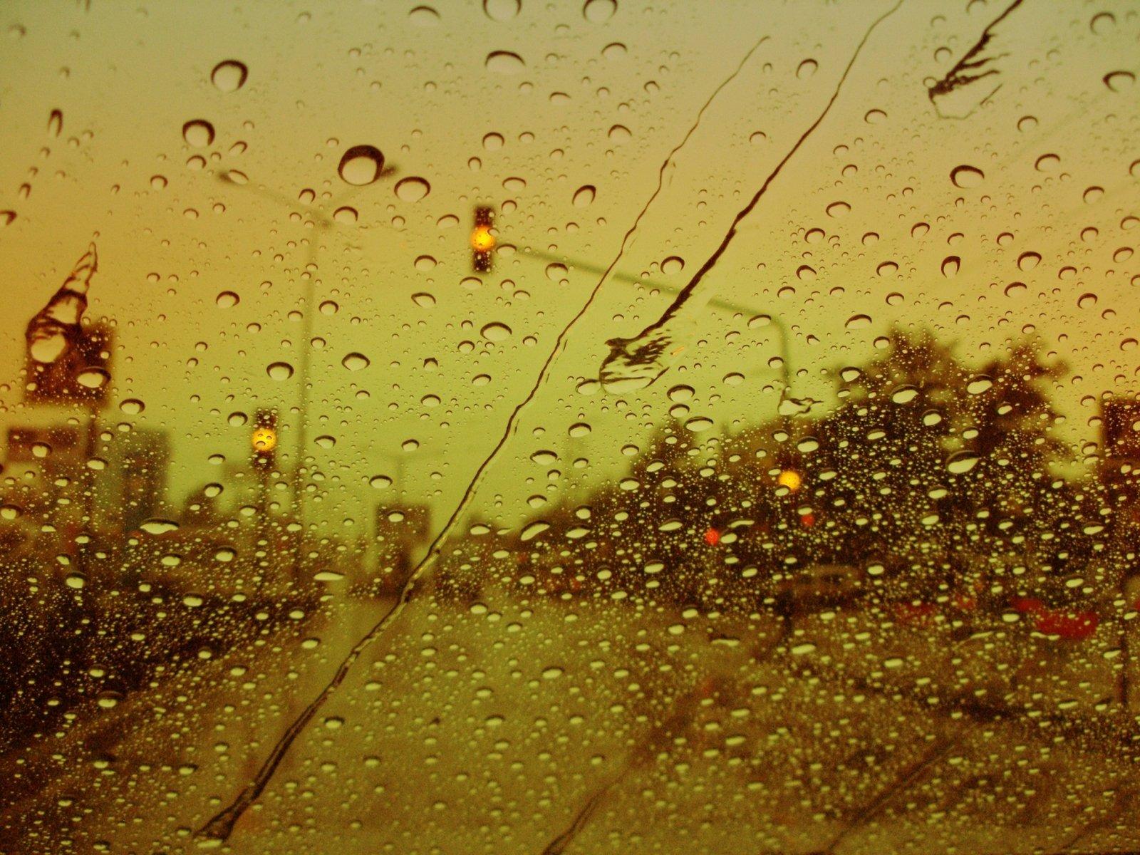 Високи температури и дъжд Бургаско днес