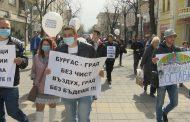 Бургазлии поискаха оставки заради мръсния въздух в Бургас /видео/