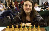 Блестящ успех на Нургюл Салимова