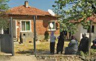 В село Вишна скърбят за загиналия Юмер, погребват го утре/снимки/