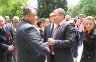 Кметът на Несебър взе участие в поклонение пред паметника Руска армия във Варна