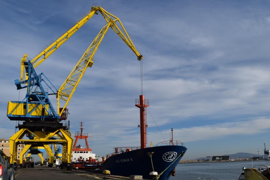 Първото съвременно българско пристанище – Бургас чества 115 години
