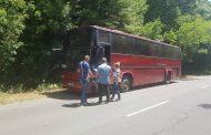 Шофьорът на катастрофиралия край Приморско автобус: Децата са добре, удари ни кола (видео)