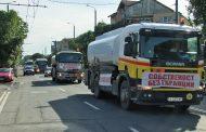 Търговци на горива блокираха града, протестират срещу нов закон  /видео/