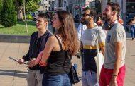 Пешеходна обиколка показва на туристите забележителностите на Бургас