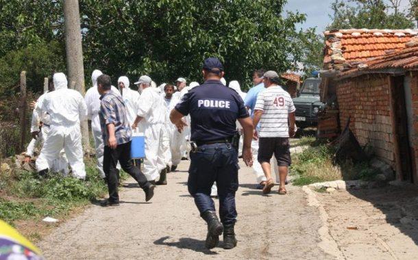 Активисти на протест в Бургас срещу евтаназията на животни