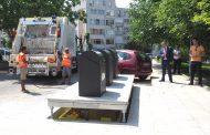 Монтират подземни контейнери за смет в Несебър