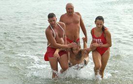 Морски гардове спасяваха удавници на плажа в Крайморие /Видео/
