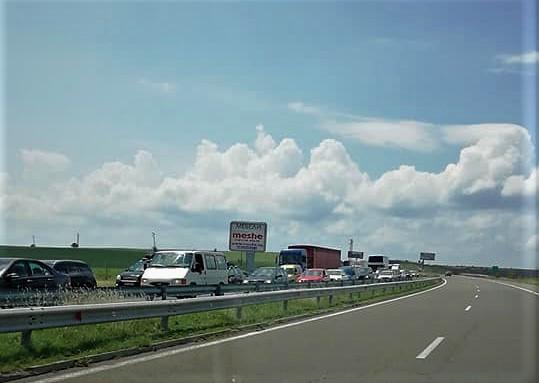 Затвориха аутобана от Карнобат до Бургас