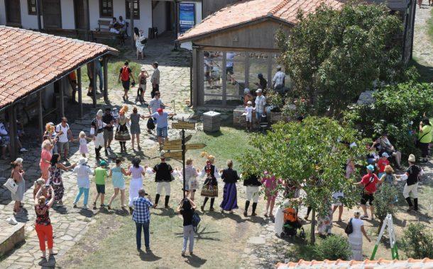 Остров Света Анастасия празнува