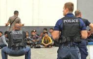 Прокуратурата иска постоянен арест за каналджиите на 27- мигранти, задържани при акция в Бургас