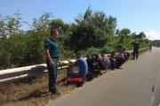 Задържаха група мигранти край Китен