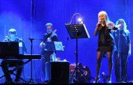 Пред напълно разпродадени зали ще излезе Лили Иванова на трите си предстоящи концерта в София