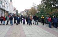 Протестиращи в Айтос поискаха да се ограничи достъпа на ромите в центъра на града