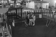 Задържаха тийнейджърите, които разрушиха детска площадка в Меден Рудник
