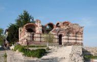 """Отварят реставрирания храм """"Йоан Алитургетос"""" в Несебър"""