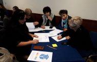 Педагози от РЦ-Бургас придобиха знания как да работят с деца със СОП