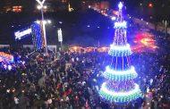"""Бургас празнува през декември с три нови елхи и """"звездно небе"""" над главната улица"""