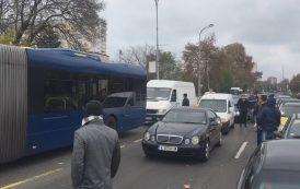Протестът блокира важни булеварди в Бургас (видео)