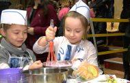 300 деца и родители готвиха здравословно в Бургас /видео/