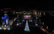 Коледната елха на Бургас грейва на големия никулденски концерт