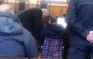 Миню Стайков дойде в съда в инвалидна количка