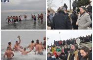 Несебър отбеляза Богоявление, ветроходец извади кръста от морето