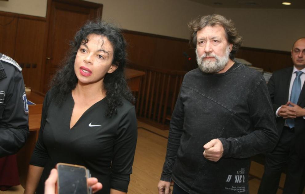 Евгения и Николай Баневи са имали телефони в ареста