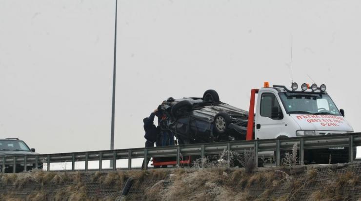 Верижна катастрофа с над 20 автомобила край Сандански. Един човек е загинал