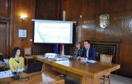 Кметът Димитър Николов запозна бизнеса с новата образователна програма на Общината