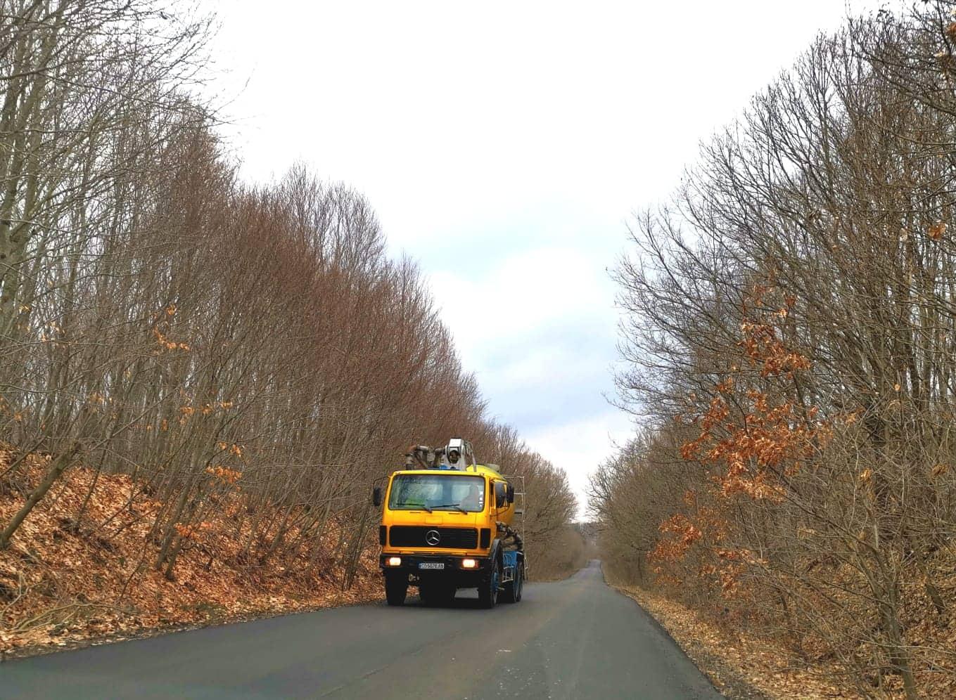 Саватева провери как върви ремонта на пътя Царево - Малко Търново