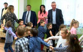 Ремонтираха детската градина в Черноморец след сигнал, че пропада /видео/