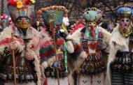 """Гигантски маски от """"Кукерландия"""" гостуват в Бургас"""