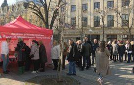 Стотици се включиха в подписка в подкрепа на Кардиохирургичната болница в Бургас /видео/
