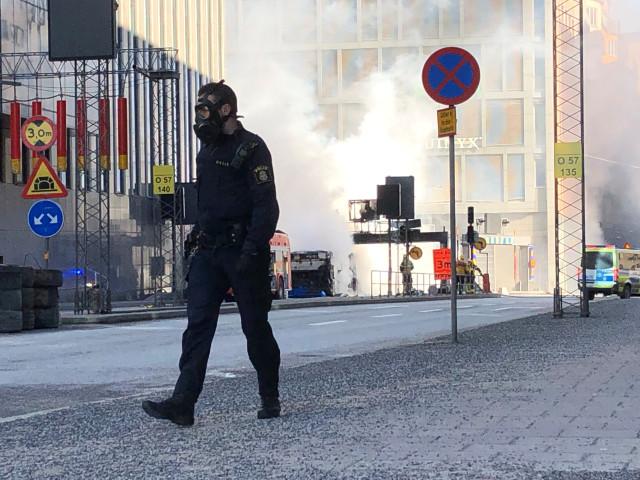 Бус се взриви в центъра на Стокхолм