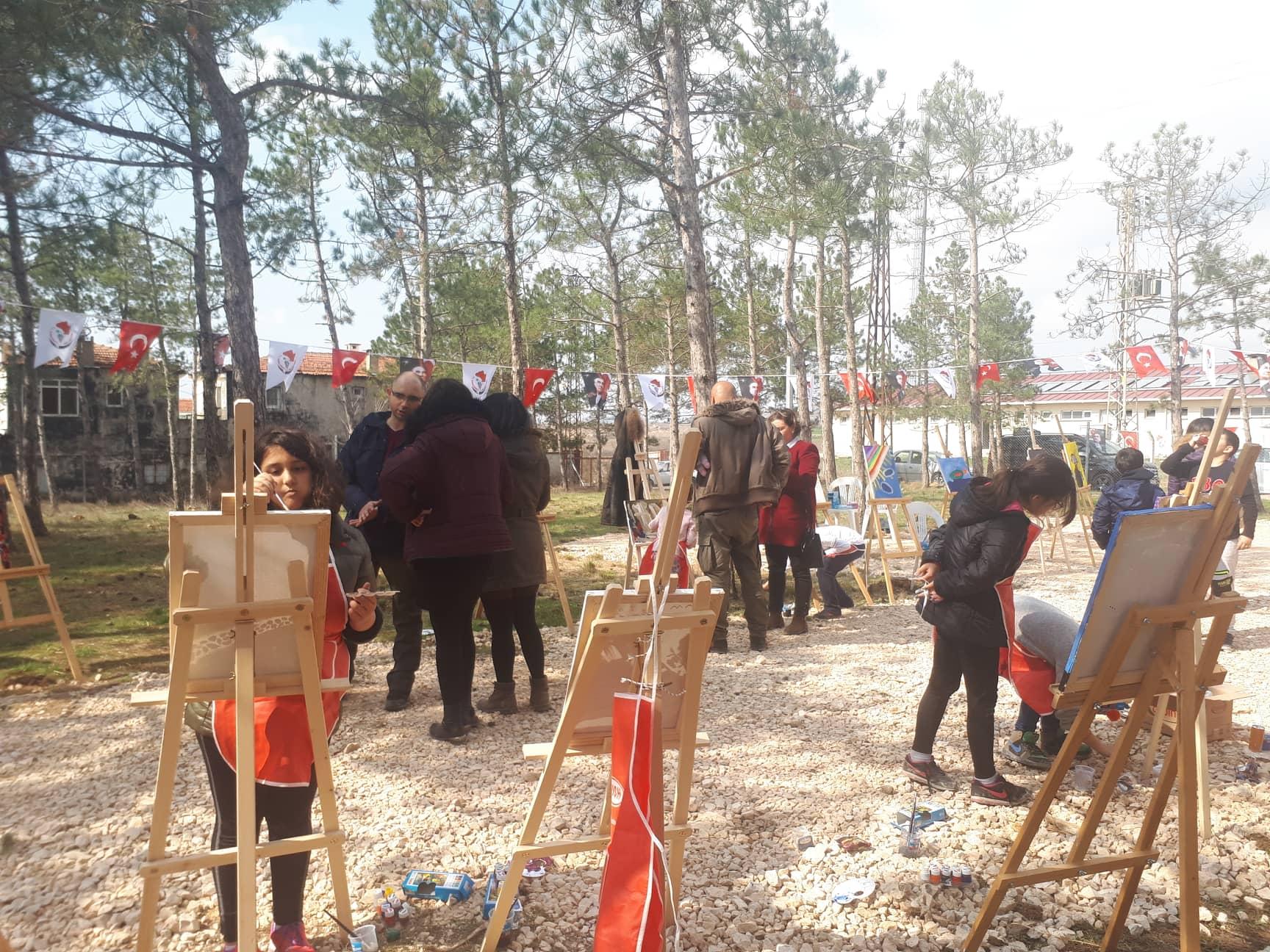 """Представители на Община Несебър участваха в откриването на обновения парк """"Валдорф"""" в Къркларели"""