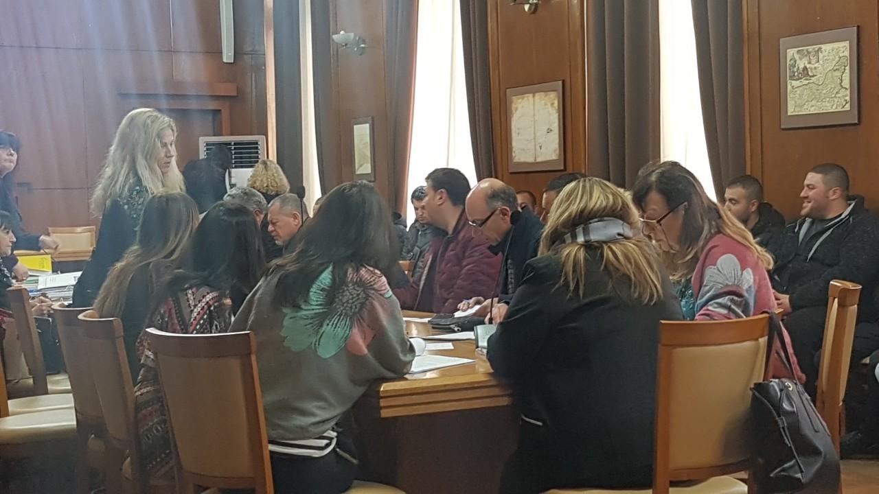 Пълен цирк на заседанието на комисията за преместваемите обекти, търговци си тръгнаха недоволни
