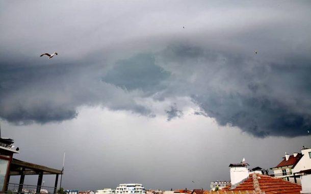 Жълт код за валежи в Бургаско днес