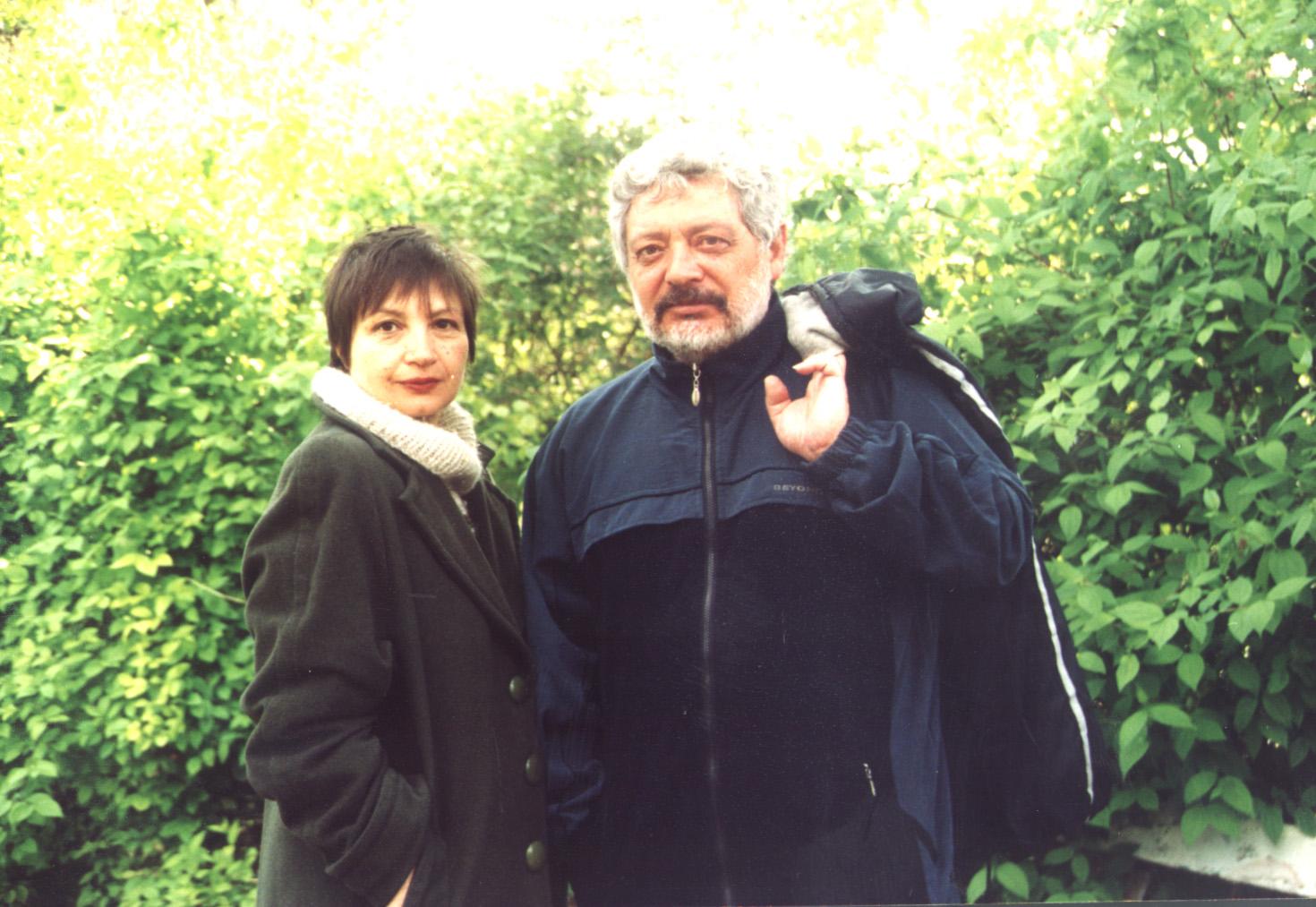 Утре представят сборник с най-доброто от поета Николай Искъров и филм за него